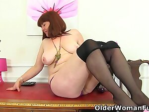 Busty office milf Janey plays everywhere her hairy untrue